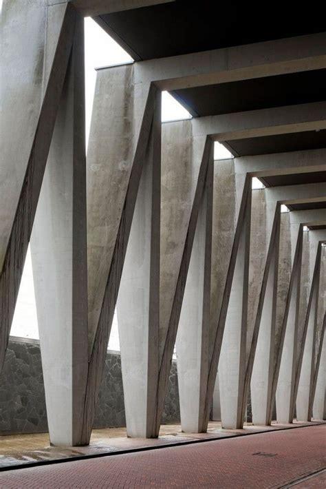 modern columns vodafone be baumschlager eberle concrete architecture