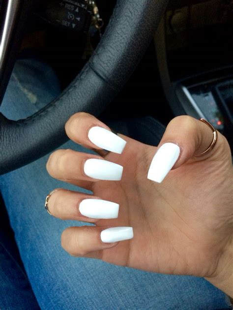 Nail For Medium Nails by Best 25 White Acrylic Nails Ideas On Acrylic