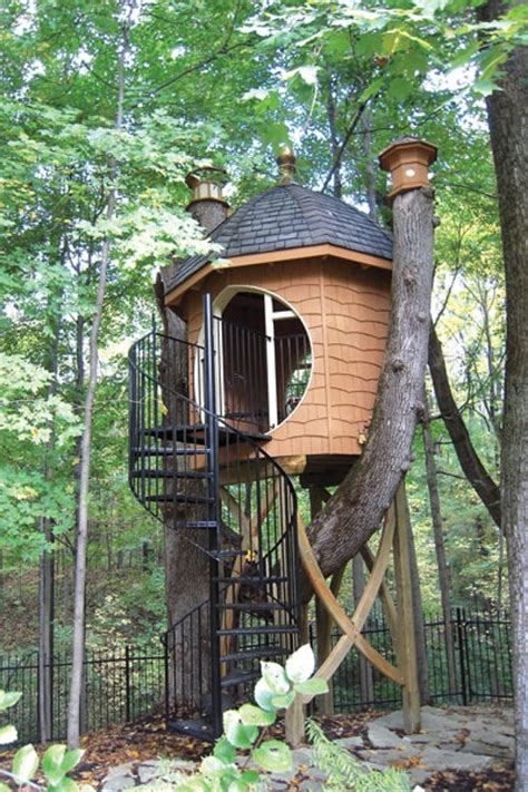 Treehouse Plumbing by 35 Beautiful Tree House Ideas Page 2 Of 2 Bored
