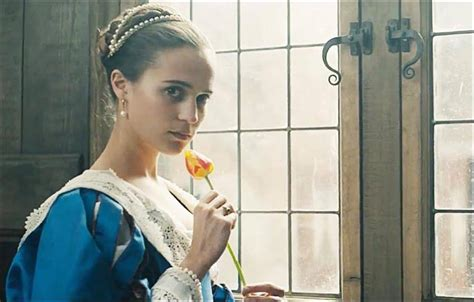 tulip fever 10 books to read if you re excited for tulip fever