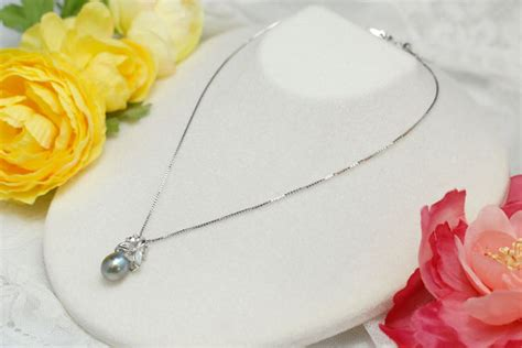 The It Item Of The Season Pearls by Lecollier Rakuten Global Market The Color That The