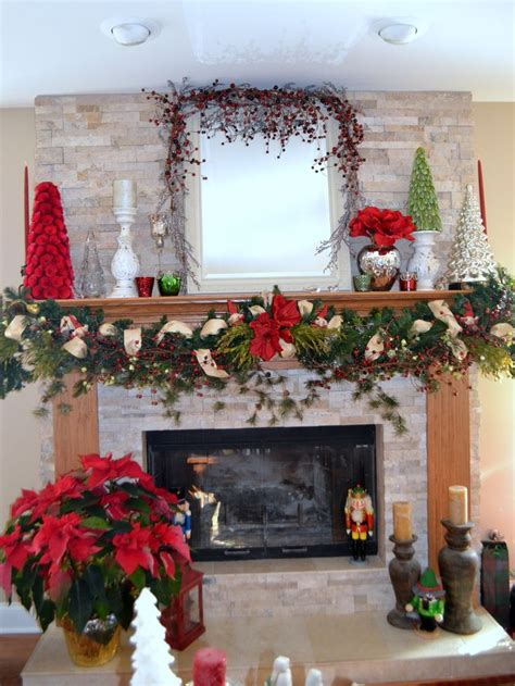 Fireplace Garland With Lights by Fireplace Decorations Lots Of Layers On The Garland With