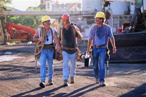 Blues Collar why your business needs to consider blue collar worker