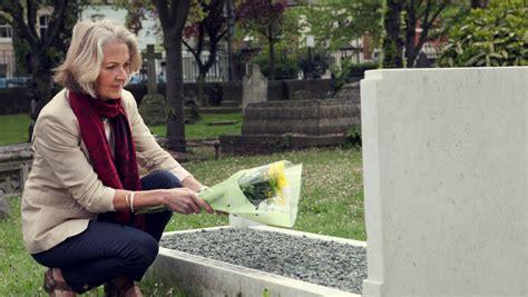 wann witwenrente witwenrente auch bei sterbehilfe deutsche anwaltauskunft