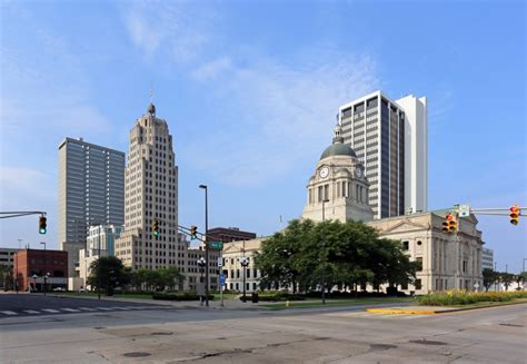 fort wayne appartments 5 attractions to visit in fort wayne this maymontrose square apartments