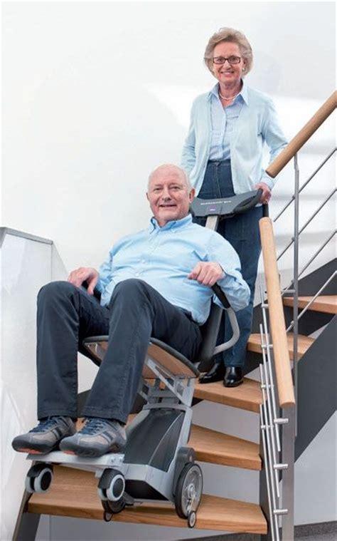 sedie per disabili per scendere scale montascale mobile per disabili e anziani riconducibile per