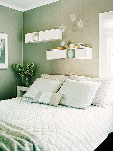 sea green bedroom the green tones a calming sea green paint color and plenty of white makes this small