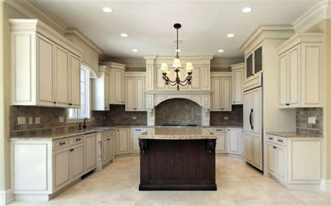 how to paint kitchen cabinets to look antique how to paint kitchen cabinets to look antique designing idea