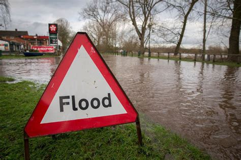 flood risk house insurance lifeline for flood risk homeowners new scheme to stem insurance costs personal finance