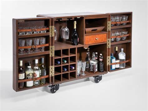 bar mobile su ruote mobile bar in legno su ruote lodge mobile bar kare design