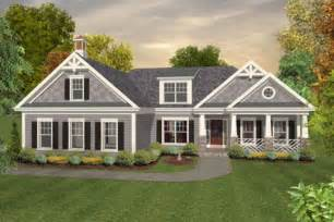 Ranch Style Trim by Colonial Style House Plan 3 Beds 2 5 Baths 1800 Sq Ft