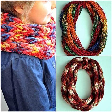 finger knitting scarf finger scarf