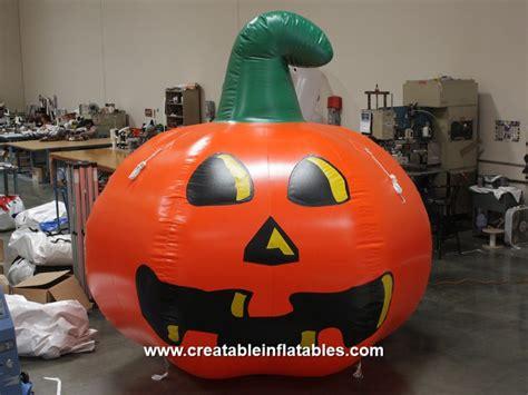giant halloween inflatables pumpkins blow  spiders