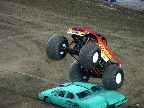 monster truck jam ta fl monster jam raymond james stadium ta fl 117