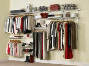 what are the characteristics of wood closet systems