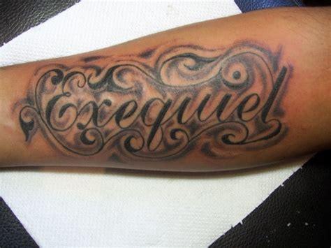 exequiel en cursiva molina tattoo