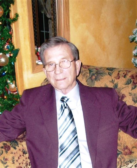 obituary for robert n lewis services