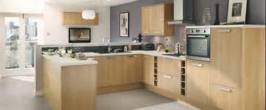 Oak Effect Kitchen Cabinets Howdens Kitchen Greenwich Light Oak