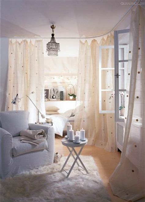 studio apartment rugs best 25 small studio apartments ideas on pinterest