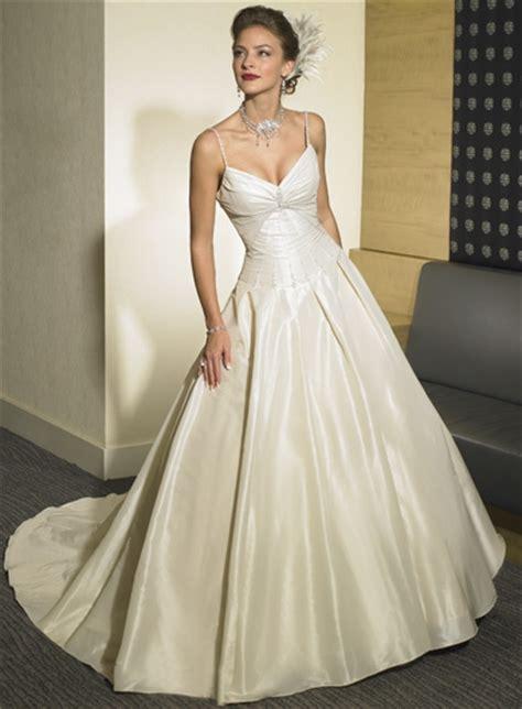 Weißes Schlichtes Brautkleid by Hochzeitskleider Schlicht Chiffon Alle Guten Ideen 252 Ber