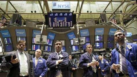 Best Broker Firms Nyc For Mba by Why The New York Stock Exchange Nyse Still Has Human