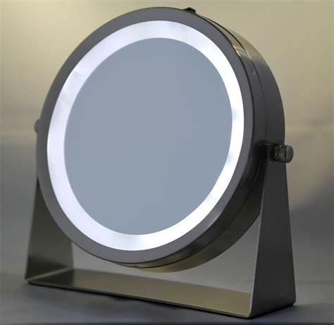 mirror with light bulbs best 25 mirror with light bulbs ideas on diy