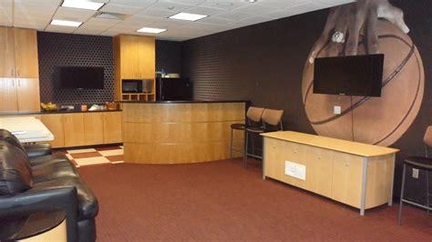 locker room bar facilities tour a m
