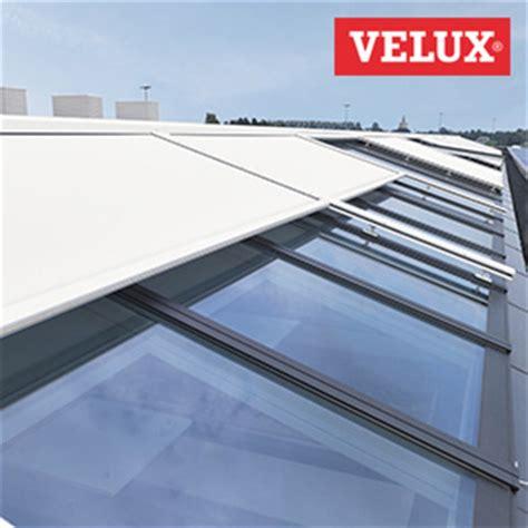 Store Solaire Velux 56 by Doekzonwering Topfix Vms Windvaste Horizontale Zonwering