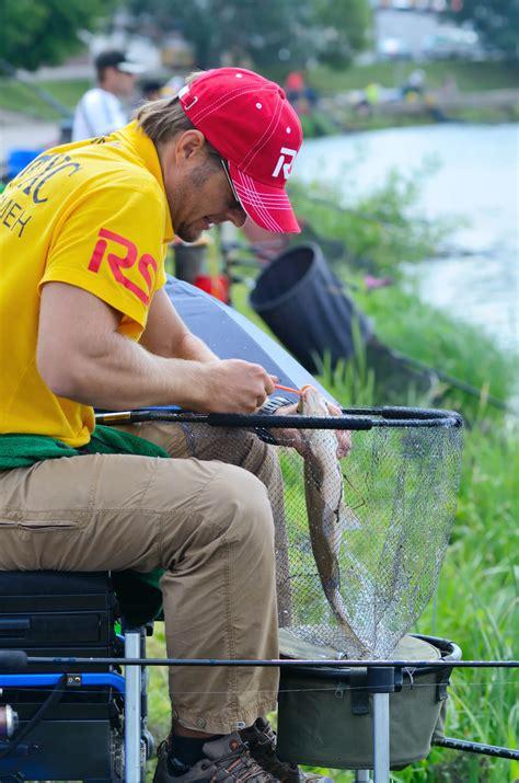 Fishing Giveaway - how to make money fishing be a guide tutor youtube fisherman
