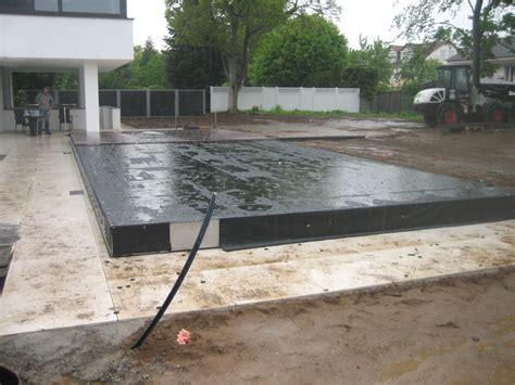 pool deck bauen pooldecks das fahrbare pooldeck als poolabdeckung f 252 r