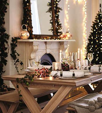 come decorare casa a natale come decorare casa tutta la magia di un natale in famiglia