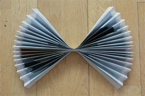 Make Paper Fans - paper fans 35 how to s guide patterns