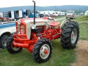 Ford Farm Tractors Ford 841 Powermaster Tractors Ford
