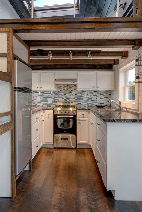 tiny house kitchen ideas best 25 tiny house closet ideas on tiny house