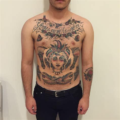 tattoo old school petto tatuaggio petto old school pancia di hidden moon tattoo