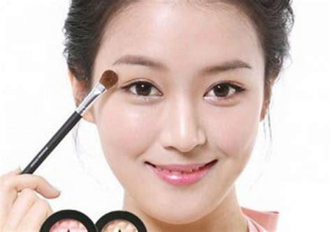 cara merias wajah bulat minimalis yang natural dan benar cantik sempurna dengan cara merias wajah yang tepat