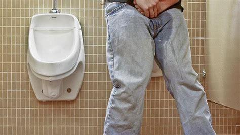 Obat Prostat Membesar K ngompol tidak terasa kenali gejala inkontinesia urine