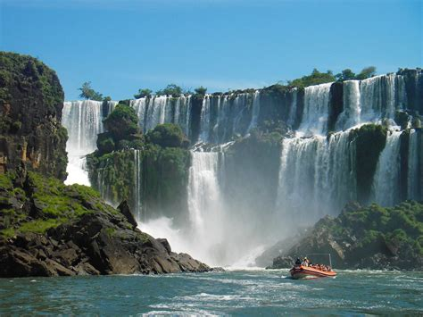 famous waterfalls in the world eshowbiz best waterfalls in the world