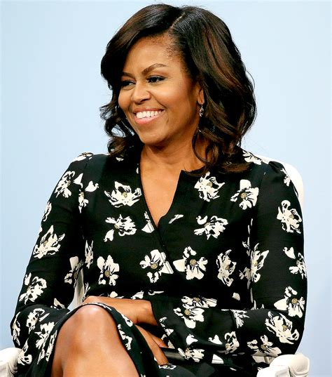 how foes michelle obama get straight hair michelle obama sports her natural hair and the internet
