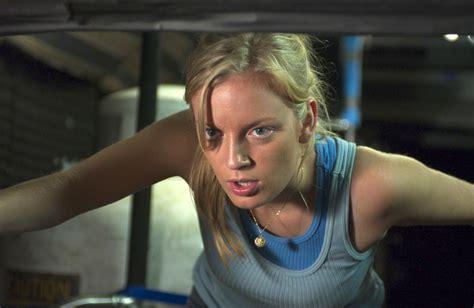 Sarah Polley Dawn Of The Dead 2004 Movie | pin still of sarah polley in dawn of the dead 2004 on