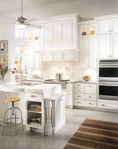wellborn kitchen cabinets 25 best ideas about wellborn cabinets on pinterest wall