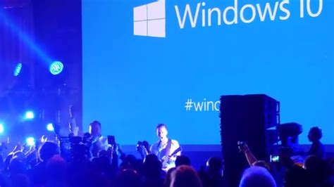 cortana freestyle for me watch this irish improv duo rap about windows 10 at