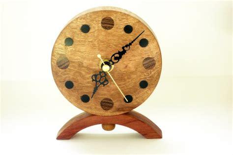 Handmade Clocks Uk - wooden clock corrugata burr wood woodpecker woodworks
