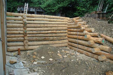 Construire Un Escalier En Bois 3972 by Soutnement Bois Awesome De Murs De Soutnement En Rondins