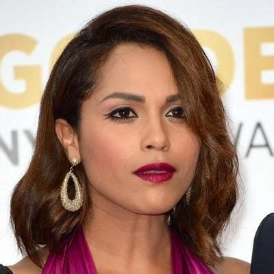 updos lessons in chicago monica raymund short hair google search hairstyles
