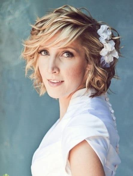 Curly Bob Wedding Hairstyles by 15 Different Wedding Curly Hairstyles