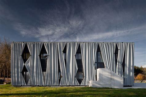 skyscraper curtains hertl architekten aichinger house