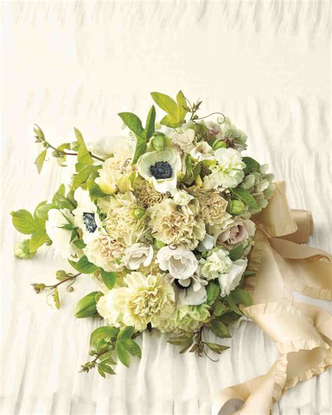 Ideas On Wedding Flowers by Carnation Wedding Ideas Yes It S More Than A Filler