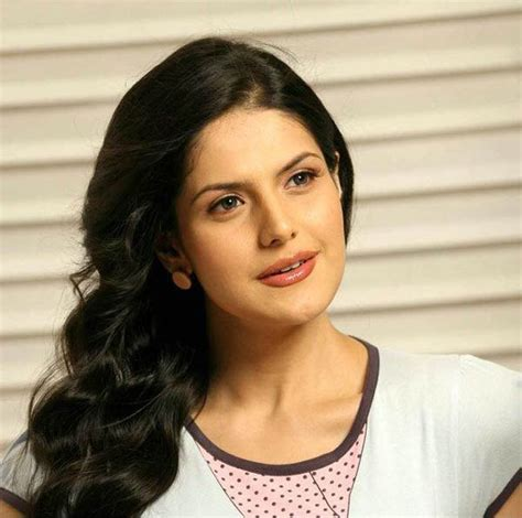 biography of zareen khan 7 awesome pictures of zarine khan bollywood latest