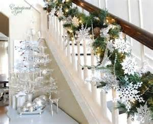 71 awesome christmas stairs decoration ideas digsdigs